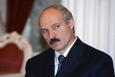 Лукашенко отгородится от Украины такой стеной, «чтоб мышь не пролезла!»