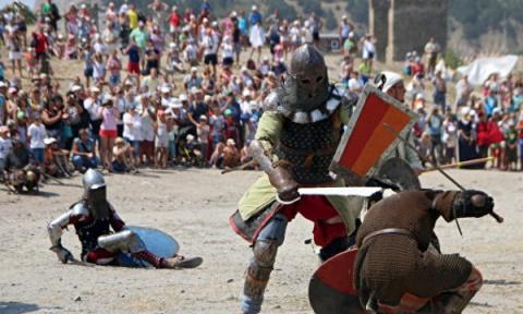 Рыцари, дамы и сражения: в С…