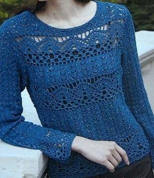 Модный пуловер спицами и крючком