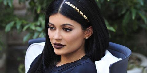 Флэш-татуировки на волосах - новый модный тренд