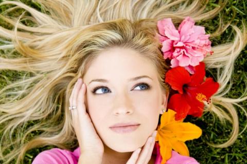 Как сохранить молодость и красоту - 8 правил ухода за кожей лица.