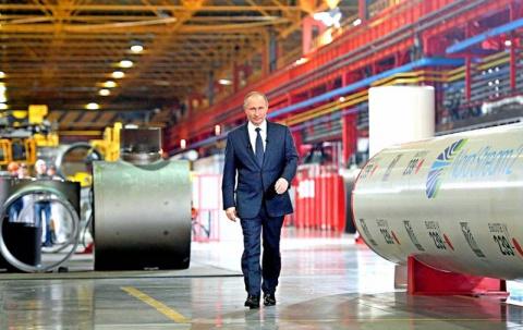 Сколько заводов в России пос…