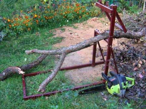 держатель  для резки древесины на дрова