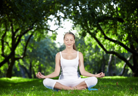 """10 причин дышать """"уджайи"""" Дыхание со звуком – простая, но мощная техника, которая полезна для тела, души и ума."""