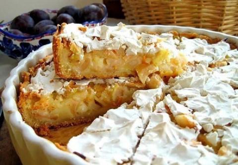 Идеальный пирог — ни убавить ни прибавить! Сочные яблоки и нежный сметанный крем