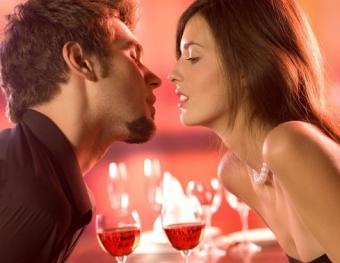 Афродизиаки превращают обычное свидание в праздник любви!