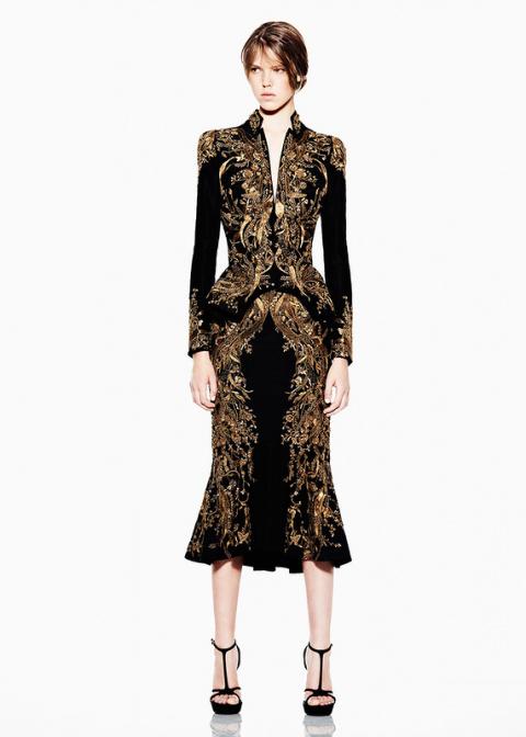 Дизайнер мира моды Alexander…