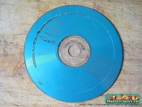 Как сделать подхват для штор из CD-диска