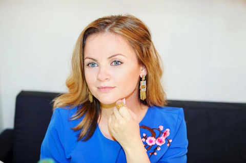 «Как в колхозе»: пользователи Сети раскритиковали новый образ Юлии Проскуряковой
