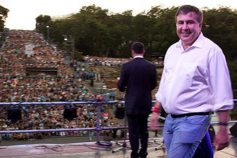 Сто дней Саакашвили: Одесса-мама, Мишико-подкидыш и грандиозный кипеж