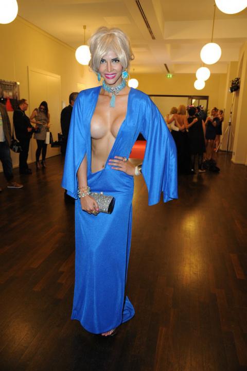 Не платье, а какая-то провокация!