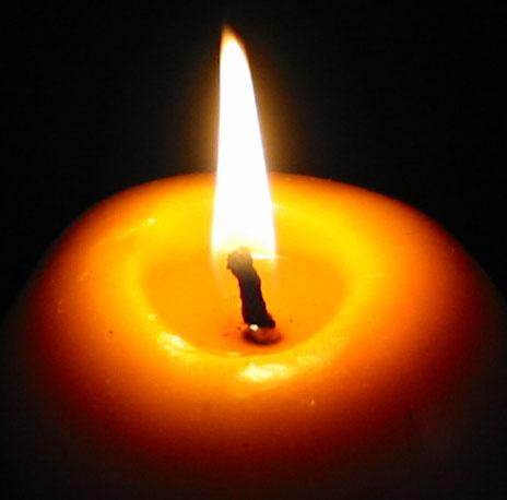 Как жизнь очистить в пламени свечи