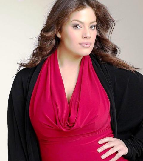 Мода для пышных женщин: разные стили для вас
