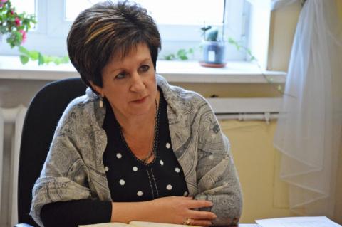 Екатерина Борисовна, уточните, пожалуйста: в «соработничество» кого берёте?