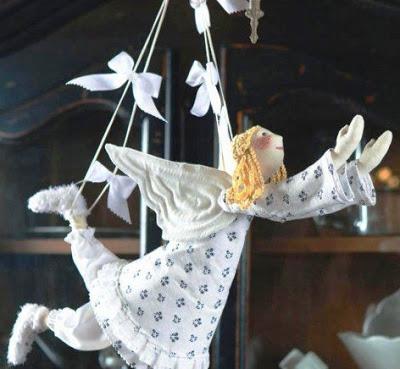 Ангел из текстиля