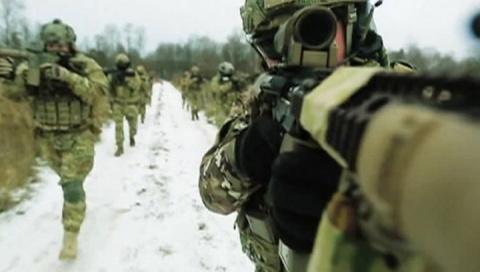 США посылают на Украину своих инструкторов и утверждают, что в Донбассе есть российские войска