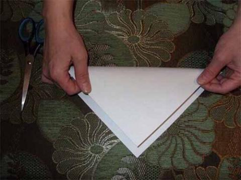 Пушистые снежинки из бумаги