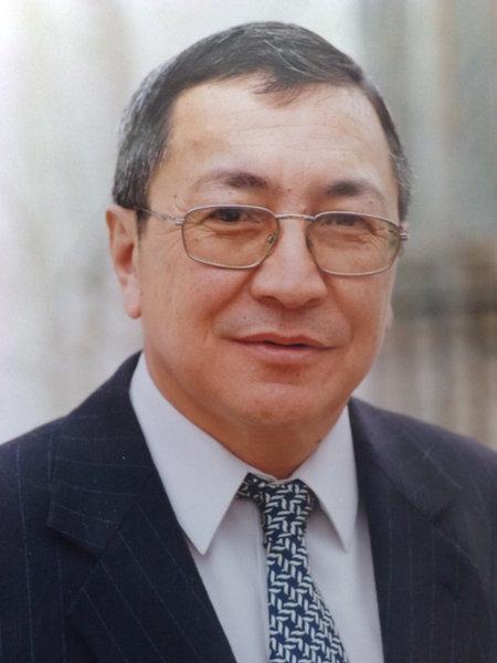 Серали Аманбеков (личноефото)
