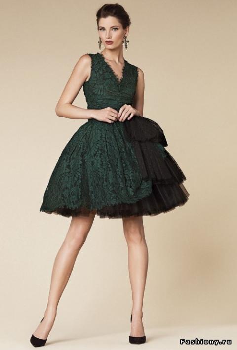 Лучшее от Dolce & Gabbana — прелестные платья, изящная обувь и роскошные аксессуары