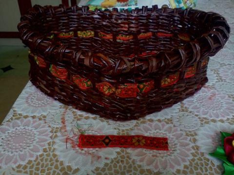 Подарок для бабушки (плетение из газет,мастер-класс)