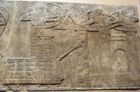 Загадочные танки на ассирийс…
