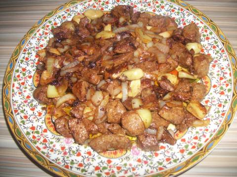 Жареная печень с луком и чесноком Простые и быстрые блюда