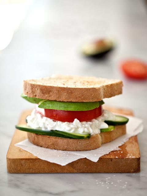 Просто…сэндвич с творогом. О…