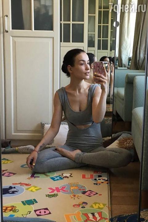 Викторию Дайнеко мучают боли в спине