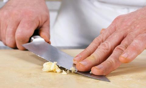 20 лайфхаков, незаменимых на кухне