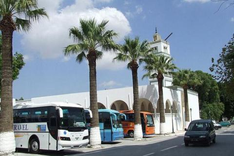 В Тунисе убили восемь туристов