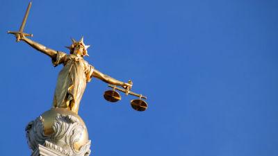 Британский суд: Литвиненко о…