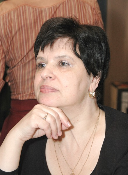 Елена Суханова