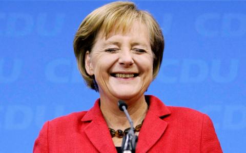 Меркель выступила за возможность создания зоны свободной торговли с РФ