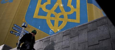 Киев стимулирует массовый исход населения из Украины. Ирина Алкснис