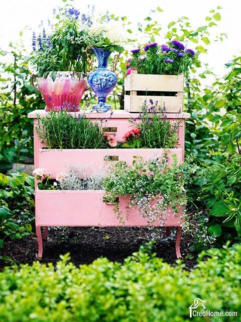 Ненужные вещи для сада