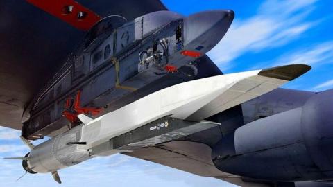 """Пентагон запаниковал: новая """"штучка"""" от Шойгу уничтожит 10 миллиардов долларов одним ударом, превратив всё в кучу металла"""