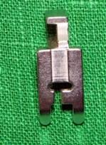 ИГОЛКА С НИТОЧКОЙ. Выполнение втачного канта со шляпной резинкой