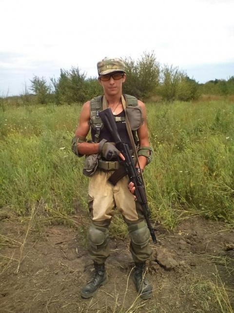 52 ополченца захватили два города в Донбассе
