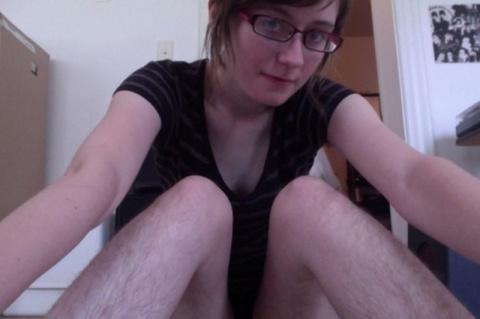 Клуб волосатых женских ног
