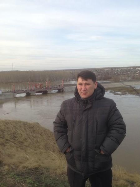 Серик Калиакпаров