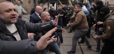 Нацизм не прошел: на Донбасс…