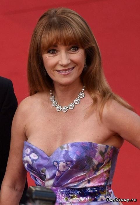 Красная дорожка Канн: так выглядит Джейн Сеймур в свои 64