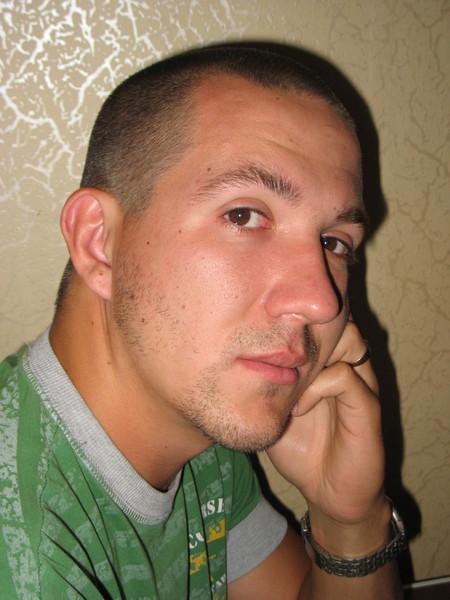 Андрей Ганин