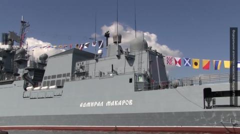 В Петербурге на День ВМФ впе…