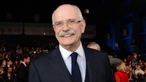 71-летний Никита Михалков ск…