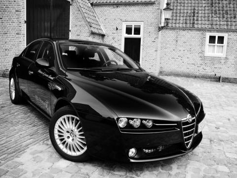 http://guggenodi1972.narod.ru/Alfa-Romeo-1600.jpg