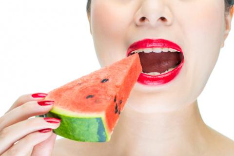 9 привычек, из-за которых ты рискуешь остаться без зубов