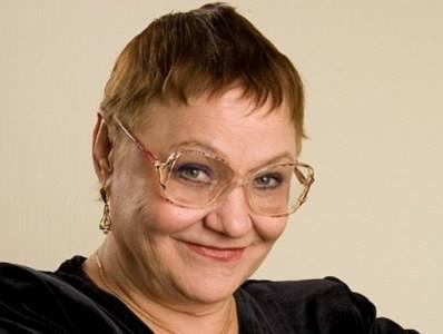 """Интервью: Как Нина Русланова заслужила фамилию - """"Будешь артисткой, как она"""""""