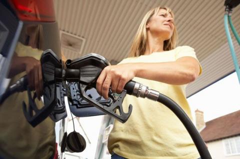 Горючие слёзы: как возместить ущерб от некачественного топлива?
