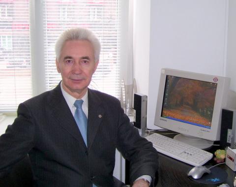 Виктор Черкашин